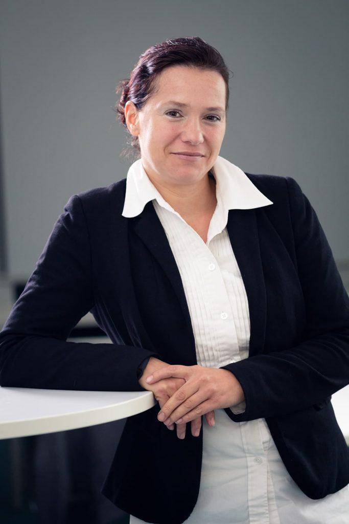 Frau Bauermeister, Anika